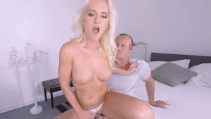 Make Up Sex Voyeur RealityLovers Rossella Visconti vr porn video vrporn.com virtual reality