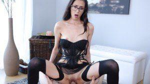 Nerdy Babe Sucks a Dick Like a Lollipop TmwVRnet Ashley_Ocean vr porn video vrporn.com virtual reality