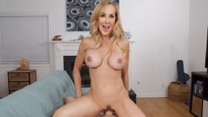 Customer Serviced badoinkvr Brandi Love vr porn video vrporn.com virtual reality