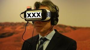Argentina's President Tries Virtual Reality (+ Some Photoshop Fun) VR Porn Blog virtual reality